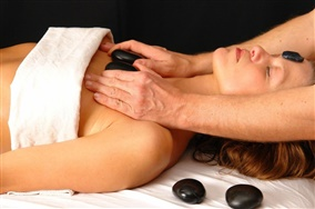 Hot-Stone und Yin-Yang Massage